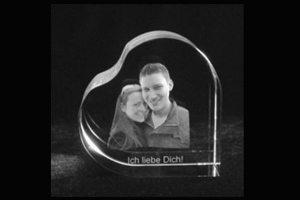 Foto in Glas Herzform romantisches Geschenk
