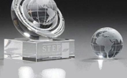 Mitarbeiterehrung Hemisphere Award Weltkugel Globus