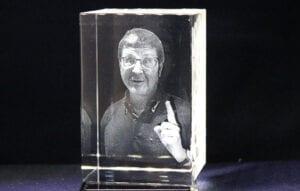 3d Laser Francis Pockay 3D Gravur in Glas Pokale und Awards mit Foto